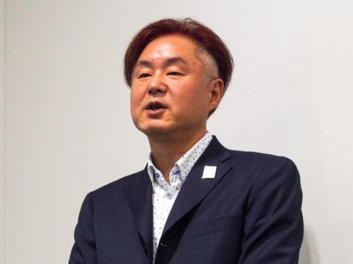 写真2●NTTコミュニケーションズの東出治久経営企画部ビジネスイノベーション推進室長