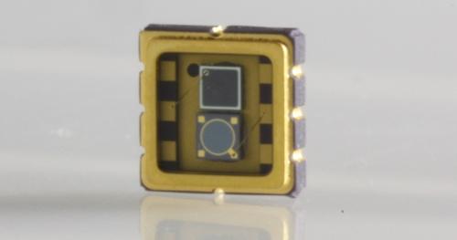 検出範囲が250n〜1750nmと広いフォトディテクター、Marktech Optoelectronicsの写真