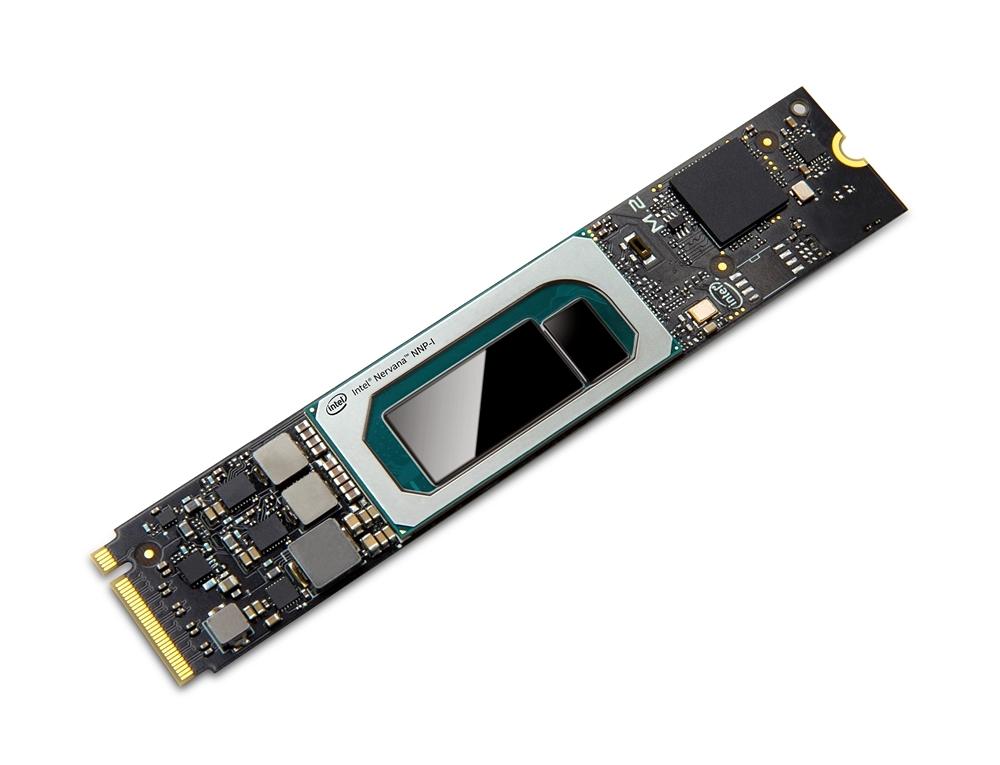 m.2カードに実装した「Nervana NNP-I1000」(中央) Intelの写真