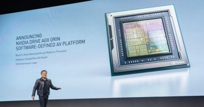 NVIDIA DRIVE AGX Orinを発表する、founder and CEOのJensen Huang氏。同社の写真