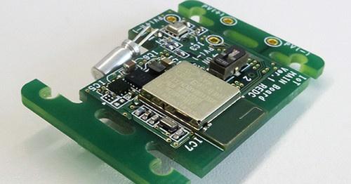 エナジーハーベストで温度、湿度、気圧、照度を測定するIoT向けセンサーボード。リコー電子デバイスの写真