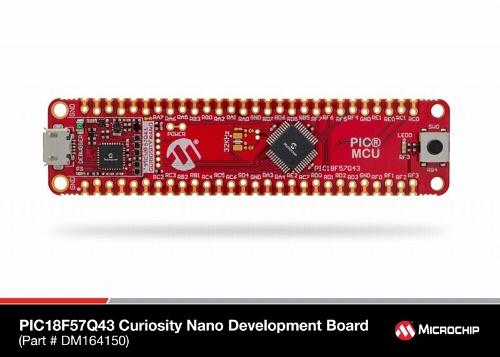 評価ボードの「PIC18F57Q43 Curiosity Nano board」