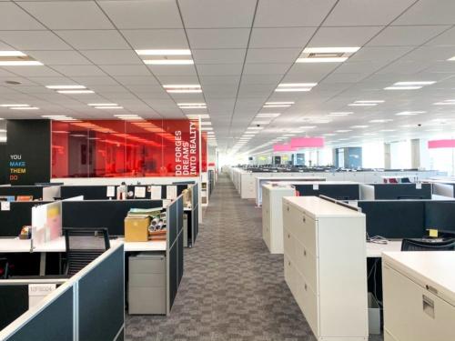 写真10●全社一斉テレワークを実施したレノボ・ジャパンの本社オフィス