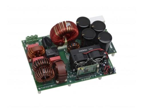GaNパワートランジスタを搭載したデジタル制御方式採用のPFC評価ボード。Transphormの写真