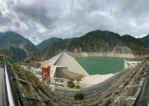 図2 成都の水力発電所