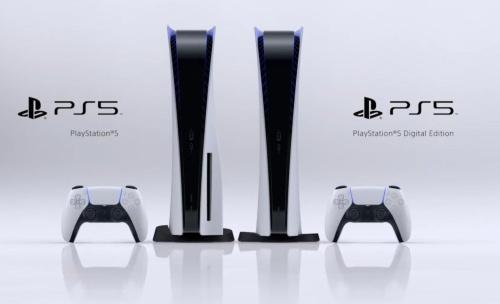 PS5の本体。左が光ディスクを搭載したモデルで、右が非搭載モデル