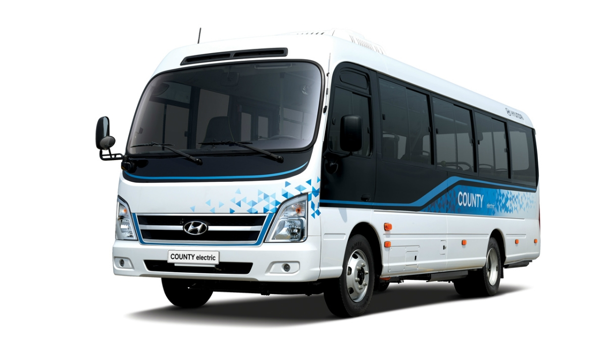 EVマイクロバス「County Electric」 電池容量128kWhで、1回の充電で250kmを走行可能。(写真:Hyundai Motor)