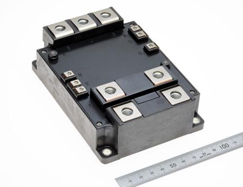 太陽光発電用インバーター装置やモーター駆動装置などの産業用途に向けたIGBTモジュール