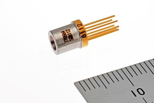 第5世代移動通信システム(5G)の基地局ネットワークに向けた100Gビット/秒(bps)の半導体レーザー