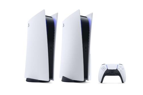 PS5の外観。右側の本体が光ディスクドライブを搭載したモデルで、左側が非搭載モデル(出所:SIE)