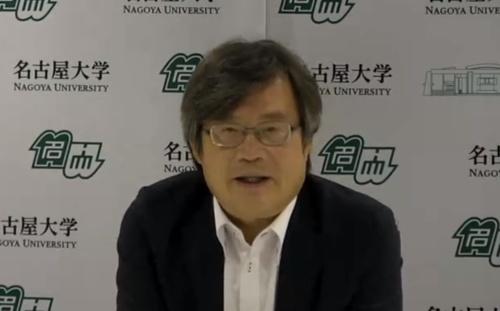 図1 名古屋大学未来材料・システム研究所の天野浩教授