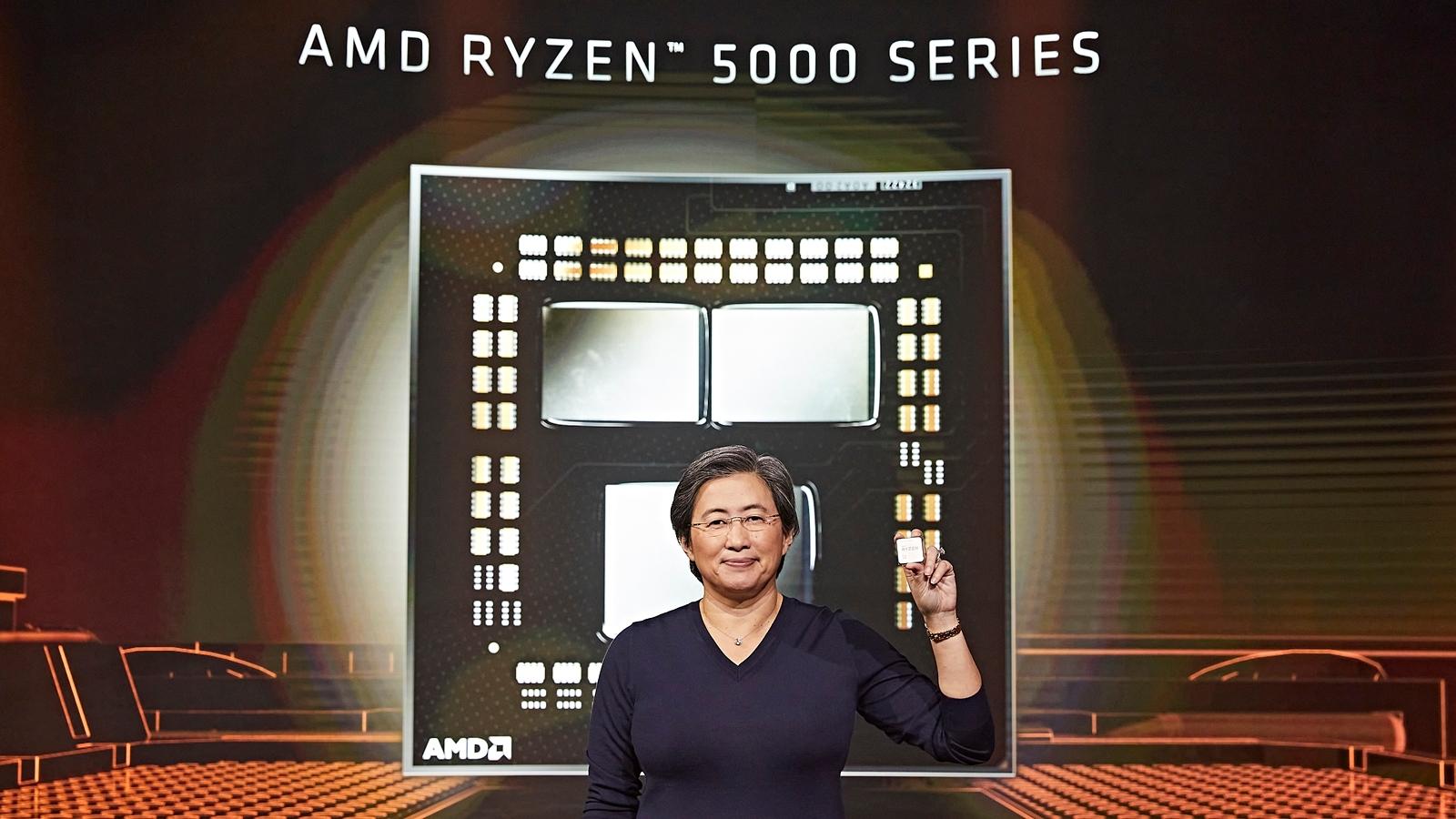 新製品を手にするPresident and Chief Executive OfficerのLisa Su氏 AMDのイメージ