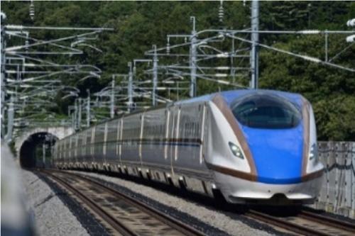 図1:走行試験に使用する新幹線「E7系」車両