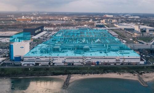ケルン組立工場に10億ドルを投資して電動化センターに