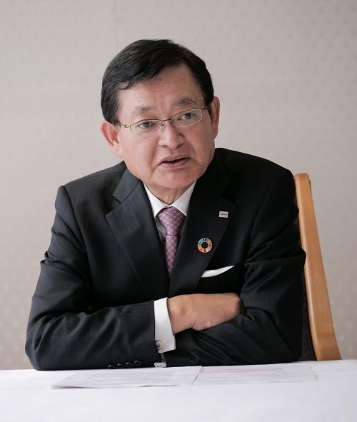 4月14日付で社長を辞任した車谷 暢昭(くるまたに・のぶあき)氏
