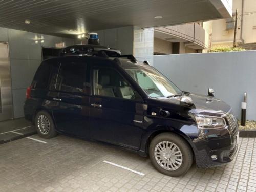 ティアフォーが試作したロボタクシー