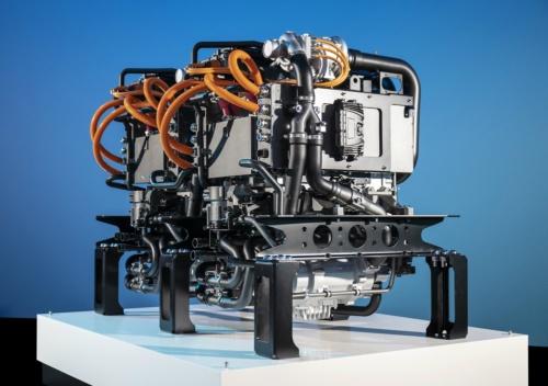 開発中の大型トラック向け燃料電池システム