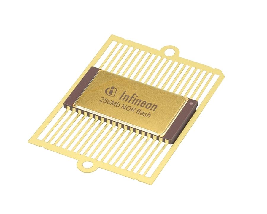 256Mビットの「CYRS16B256」 (出所:Infineon Technologies)