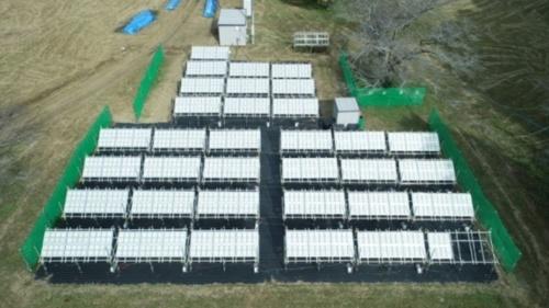 東京大学のキャンパス内に設置した「ソーラー水素」生成・分離システム