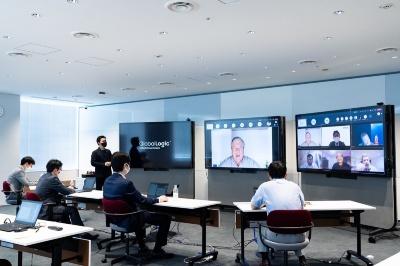 日立とグローバルロジックの「Lumada Innovation Hub Tokyo」を活用したワークショップの様子
