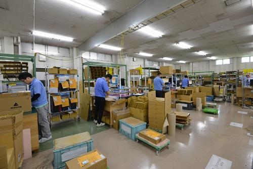 マウスコンピューター飯山工場での製造の様子